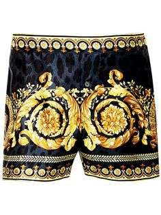 A pair of silk boxer shorts can come in a variety of designs and colors, as with other boxers. For instance, you can purchase an inexpensive pair of silk boxer shorts from a brand like Fruit of the Loom that have a simple design Versace Fashion, Versace Men, Gianni Versace, Gucci Men, Hermes Men, Burberry Men, Versace Underwear, Man Stuff, Men Accessories