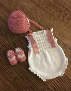 Knit Baby Sweaters, Knitted Baby Clothes, Cute Baby Clothes, Knitting For Kids, Baby Knitting Patterns, Crochet For Kids, Crochet Baby Costumes, Baby Accessories, Baby Wearing