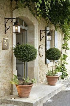 This entry is beautiful. Stone exterior with the green just is so classic.