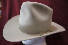 cb73357fdcf Vintage Rare Miller Bros. Silverbelly Four X Quality 101 Ranch Men s  Classic Cowboy Western Fur Felt Hat Size 7 1 8 57cm