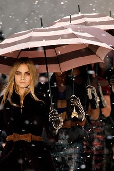 cara delevigne, burberry autumn winter twenty twelve
