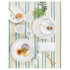 • Dishwasher and Microwave Safe<br>• Set of 16<br><br>Revel in the fresh, clean look of white porcelain dinnerware with the Threshold Coupe 16-piece Dinnerware Set in White. The dinnerware set includes 4 each: dinner plates, salad plates, mugs and cereal bowls.