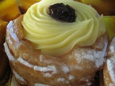 Happy Father's Day, Dad! This 'Zeppola di San Giuseppe' is for you! <3