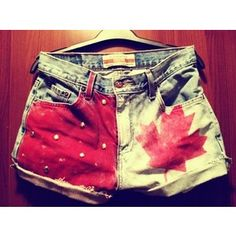 CANADA FLAG SHORTS for digital dreams (probably going to use fabric)