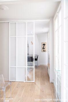 Un certain panache - Mon Concept Habitation Door Design, House Design, Internal Sliding Doors, Home Decor Items, Home Interior Design, New Homes, Glass Closet Doors, Crittall, Swinging Doors