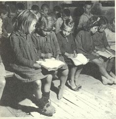 An elementary school in Kanalia a village in Thessaly, Greece, 1949 Vintage Pictures, Old Pictures, Old Time Photos, Michael Chabon, Greece Pictures, Greece Photography, Go Greek, Greek Alphabet, Greek History