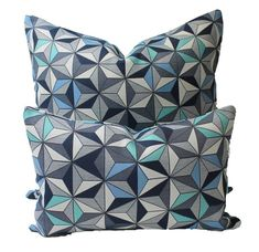Indoor Outdoor Throw Pillow with Zipper Blue Geometric image 2 Patio Pillows, Outdoor Cushions, Outdoor Throw Pillows, Outdoor Rooms, Indoor Outdoor, Outdoor Living, Pillow Corner, Velvet Drapes, Geometric Cushions