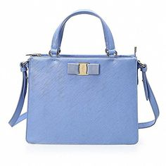 (フェラガモ) FERRAGAMO Tracy Handbag トレーシー ハンドバック 21E298(06001... https://www.amazon.co.jp/dp/B01HB68LYM/ref=cm_sw_r_pi_dp_gElAxbMBPY51J