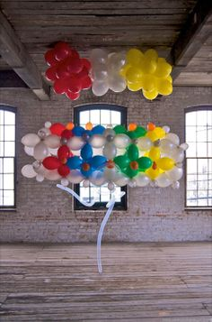 Float, Balloon Sculptures by Janice Lee Kelly Lee Kelly, Janice Lee, Floating Balloons, Sculptures, Party Ideas, Ideas Party, Sculpture