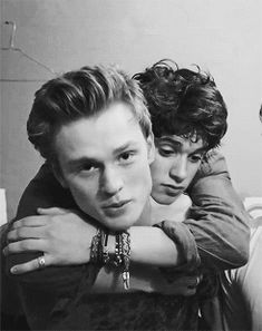 Bradley Spimson and Tristan Evans from the Vamps awww they're so cute <3