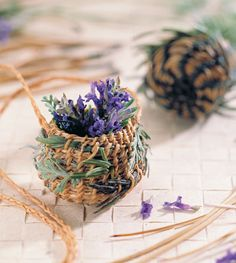 Basket Weaving 101 Rosemary and lavender can be combined with pine needles and coiled into fragrant, beautiful baskets. Lavender Wands, Lavender Crafts, Lavender Flowers, Lavander, Lavender Cottage, Lavender Garden, Lavender Fields, Garden Crafts, Garden Projects