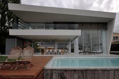 DLC House by Vanguarda Architects
