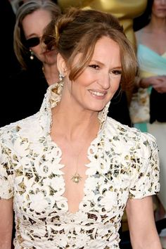 melissa leo in marc bouwer at 2011 oscars (I actually really love this dress, wish it had fit her more perfectly)