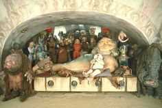 Amazing photo of Jabba the Hutt and his harem from Star Wars, Return of the Jedi Images Star Wars, Star Wars Pictures, Star Wars Toys, Star Wars Art, Star Trek, Star Wars Episode 6, Jouet Star Wars, Bodhi Rook, Jabba's Palace
