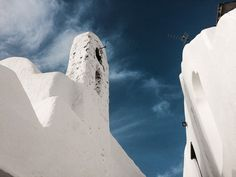 White church and blue sky. this is what we call a Cycladic scenery! Mykonos Island, Hercules, Mount Rushmore, Greece, Scenery, Sky, Blue, Travel, Necklaces