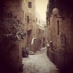 SNOW IN JERUSALEM (my friend took the picture)