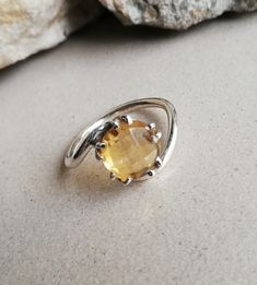 Citrine Jewellery – Citrine Silver Ring, Ultimate Ring, Wonderful Ring – a unique product by Midas-Jewelry on DaWanda Citrine Gemstone, Gemstone Rings, Silver Rings, Jewels, Jewellery, Gemstones, Unique, Etsy, Jewerly