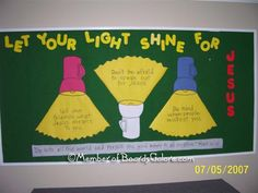 Let Your Light Shine bulletin board idea could try and make lights smaller and the lights could be handprints. Have the kids say how they can let their hands shine for Jesus. Religious Bulletin Boards, Bible Bulletin Boards, Christian Bulletin Boards, Preschool Bulletin Boards, Bullentin Boards, Preschool Classroom, Preschool Ideas, Sunday School Rooms, Sunday School Classroom