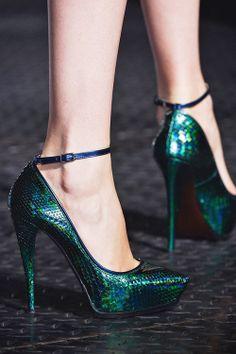Love these emerald heels!