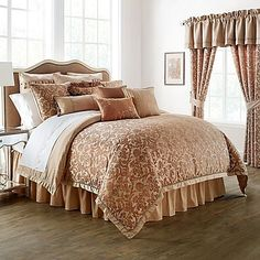 Bring a touch of romanticism into your bedrooms décor with the Waterford Linens Margot Reversible Comforter Set. The beautiful bedding flaunts a light-weight, delectable damask design in shades of pecan brown with a modern, geometric pattern reverse. #LuxuryBeddingBrown