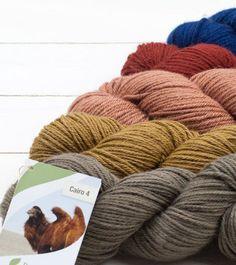 Amigurumi-Kits | Maschenfein :: Strickblog Baby Kind, Material, Winter Hats, Kit, Knitting, Garne, Amigurumi, Camel, Baby Knitting