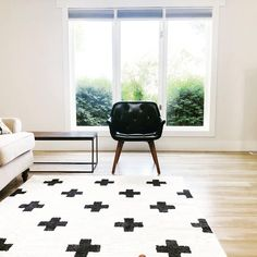 Designed by @deskjobdiy Rug Cleaning, Mudroom, White Rugs, Area Rugs, Design Inspiration, House Design, Boutique, Home Decor, Rugs