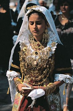 Gioielli in filigrana sarda   Sardinian filigree jewellery