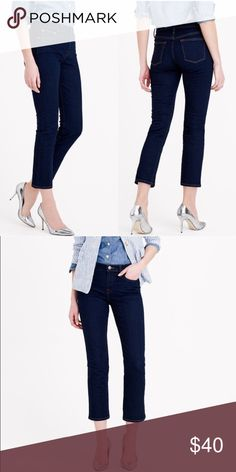"""J. Crew Vintage Cropped Jean in Rinse Wash Mid-rise, five pocket styling with a crop. Front rise is 9 3/4"""" with a 25"""" inseam. Beautiful dark wash, never worn. J. Crew Jeans Ankle & Cropped"""