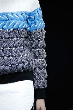 The future of knitted // Alexander Wang   Fall 2014 Ready-to-Wear Collection   Style.com