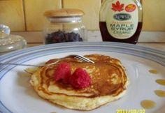 Amerikai palacsinta 7. - kefíres Tupperware, Maple Syrup, Pancakes, Breakfast, Food, Morning Coffee, Essen, Pancake, Meals