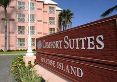 Atlantis Resort on Paradise Island, Bahamas on a Budget? It's Possible with Comfort Suites   The Mama Maven Blog   #familytravel  #AtlantisResorts