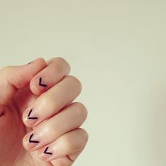 minimalist nails #mnml