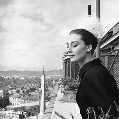 Hepburn and Beaton reunited in 1960 for this elegant shoot set in Rome. #refinery29 http://www.refinery29.com/2015/06/87205/audrey-hepburn-photos-national-portrait-gallery#slide-10