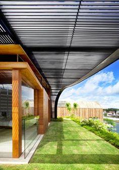 Sky Garden House / Guz Architects Singapur http://www.arquitexs.com/2015/03/sky-garden-house-guz-Architects-Singapur.html