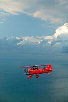 The Waco YMF Biplane. My dad's favorite plane, it's a beauty! Waco Aircraft, Military Aircraft, Avion Jet, Safari Photo, Aircraft Pictures, Aviation Art, Air Travel, Summer Travel, Pilot