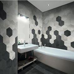 New Bath Room Tiles Hexagon Ideas Hexagon Tile Bathroom, Porcelain Hexagon Tile, Hexagon Tiles, Hex Tile, Hexagon Shape, Modern Bathroom Design, Bathroom Interior Design, Home Interior, Decor Interior Design