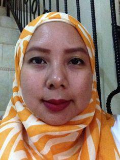 Bold lipstick create a signature look
