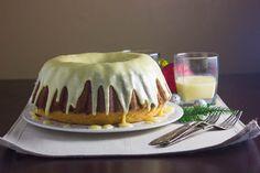 Rum and Eggnog Pound Cake. Rum and Eggnog Pound Cake Pound Cake Recipes, Cookie Recipes, Dessert Recipes, Cupcake Recipes, Eggnog With Rum, Eggnog Cake, Mini Cake Pans, Butter Pound Cake, Bundt Cake Pan