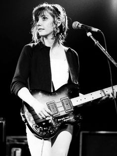 Bilinda Butcher of My Bloody Valentine photographed in 1987