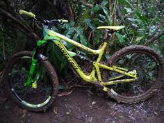 Today it was complicated #slippery #mud #fun #friends #drift #jungle #rasta #massiv #reunionisland #megavalanche