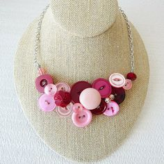 Button Dollar Ideas | handmade Button Necklace ideas from Lovehobbycraft.com