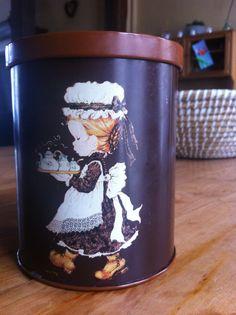 Love my vintage biscuitblik