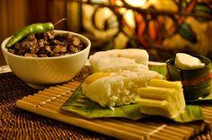 Paskong Merienda ( Puto Binan, Mantikilya, Dinuguan and Kesong Puti) by Mr. Arjohn Yabut, via Flickr