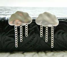 There is nothing gloomy about these silver rain cloud earrings!