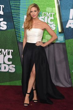 Brittany Snow in Monique Lhuillier @ 2015 CMT Awards