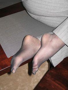 Sexy secratary feet