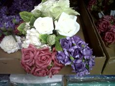 These can be found in BZ - like the color combination: rosa viejo, lilas, blanco.
