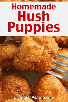 Homemade Hush Puppies Recipe – Living on a Dime To Grow Rich Homemade Hush Puppies Recipe – Living on a Dime To Grow Rich,Bread & Co. If you love Long John Silvers Hush Puppies. Fried Fish Recipes, Seafood Recipes, Appetizer Recipes, Appetizers, Catfish Recipes, Hush Puppies Rezept, Baked Hush Puppies, Puppies Puppies, Dachshund Puppies