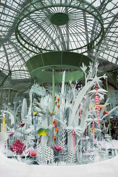 Chanel Spring 2015 Couture Animated 3D Paper Garden