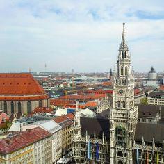 Rathaus München  #marienplatz #stadtspiel #schnitzeljagd #münchen #minga #neuesrathaus #blickübermünchen #münchenvonoben #welovemünchen #munich